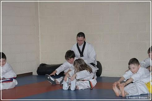 Taekwondo_12_01_27_02-BorderedNew
