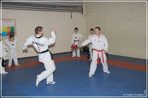 Taekwondo_12_01_27_12-BorderedNew