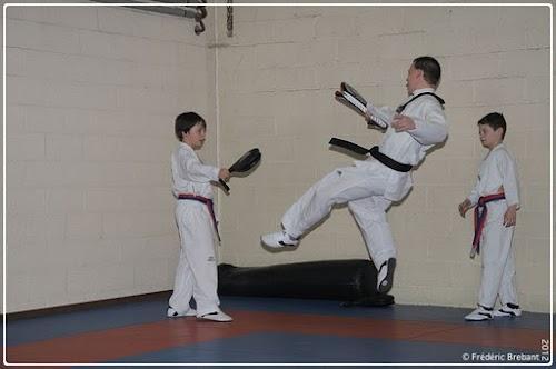 Taekwondo_12_01_27_20-BorderedNew