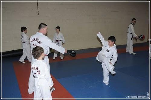 Taekwondo_12_01_27_27-BorderedNew